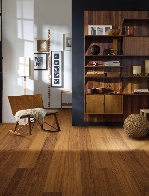 synergy-wide-plank-chestnut-room